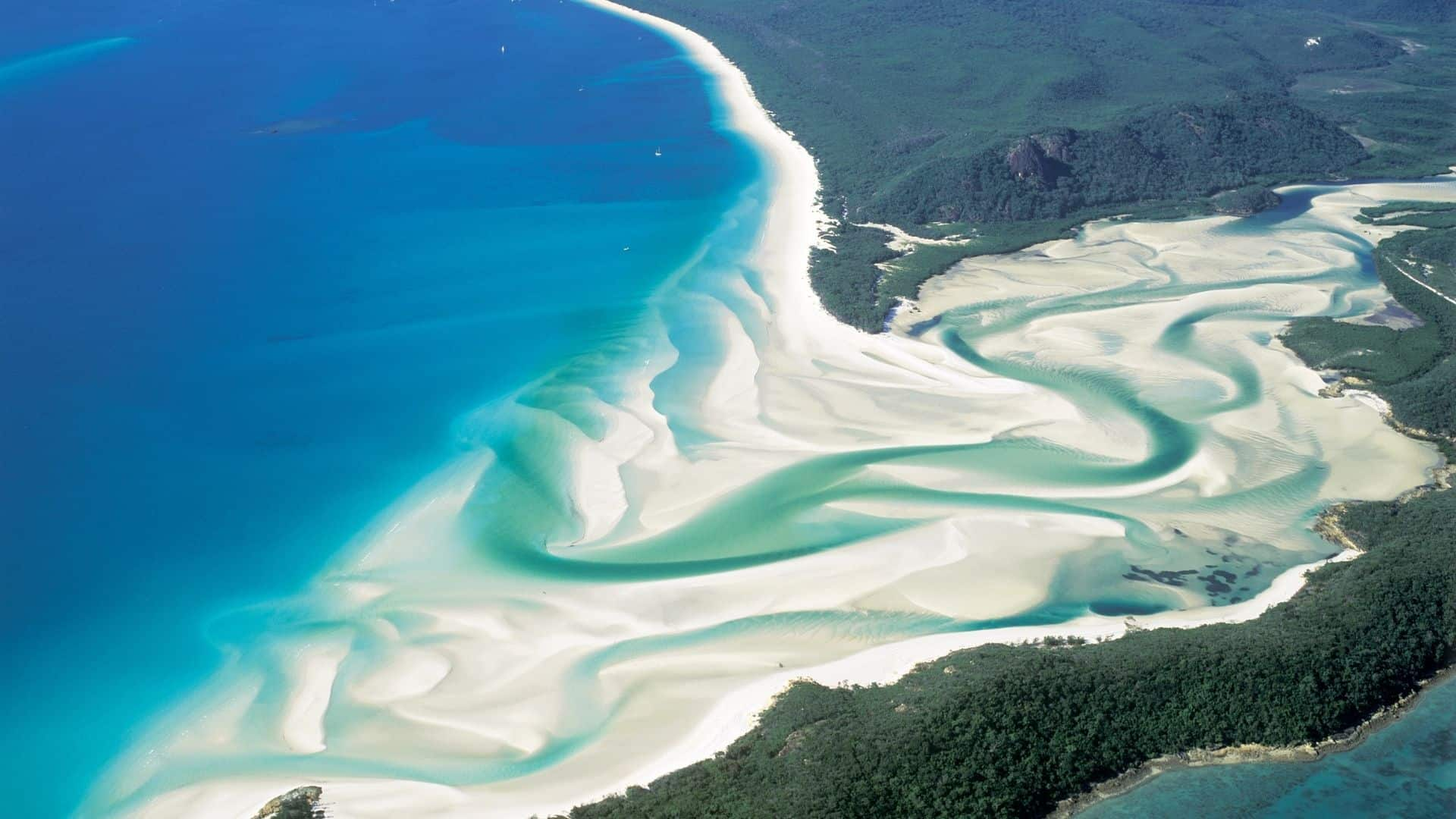 Is it illegal to take Whitehaven Beach sand?