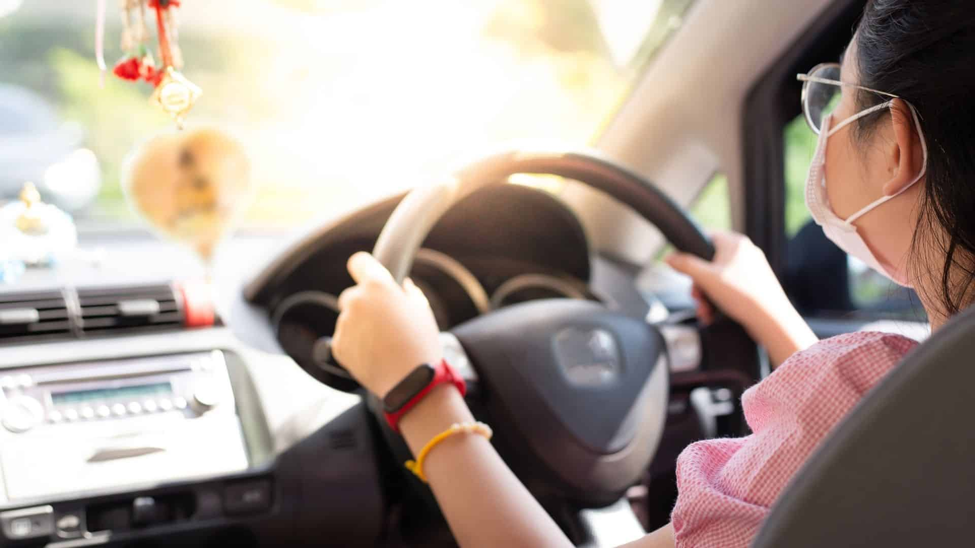 Is it illegal to drive without your license on you in Australia?